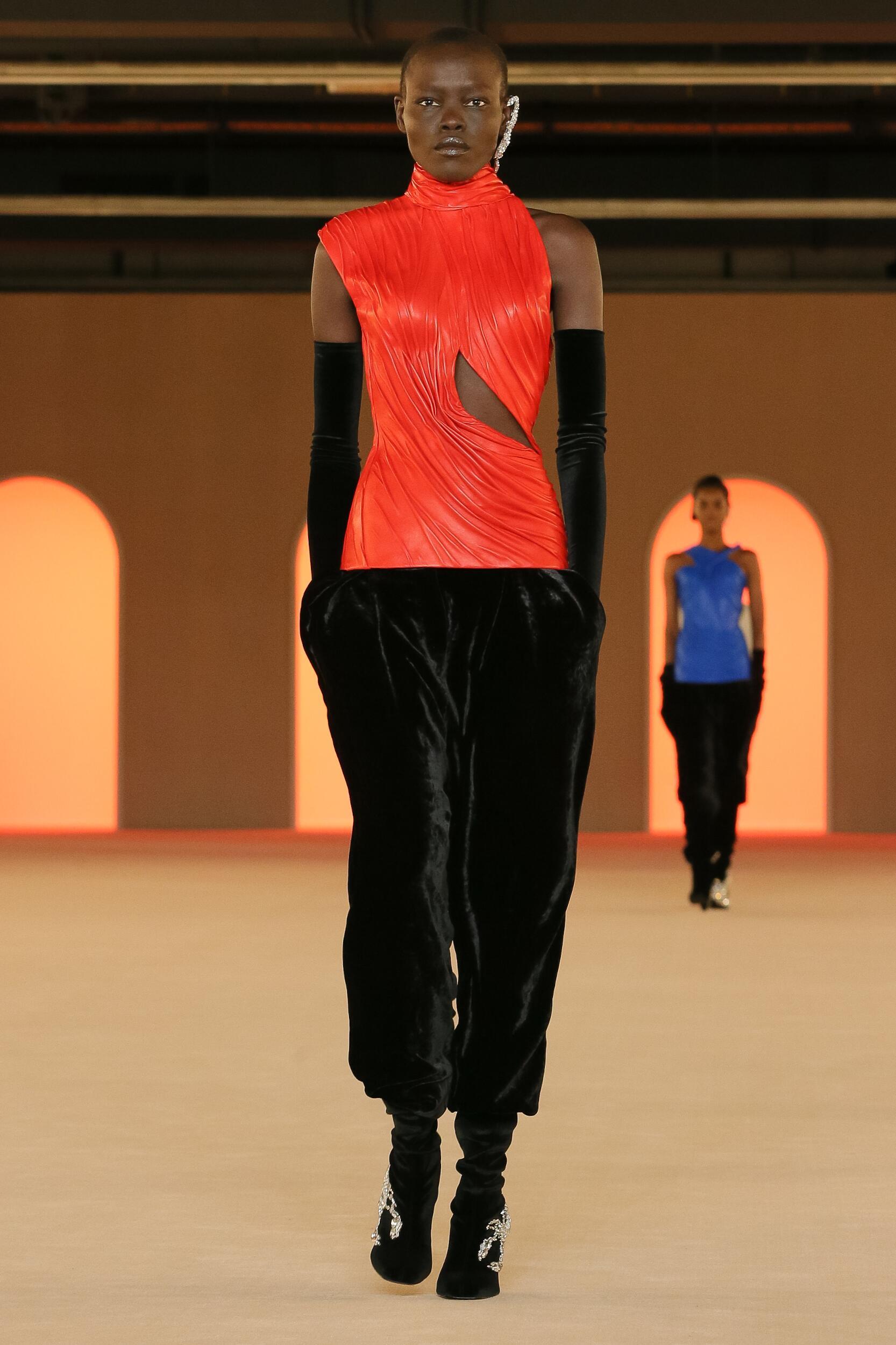 Fashion 2020 Women Style Balmain