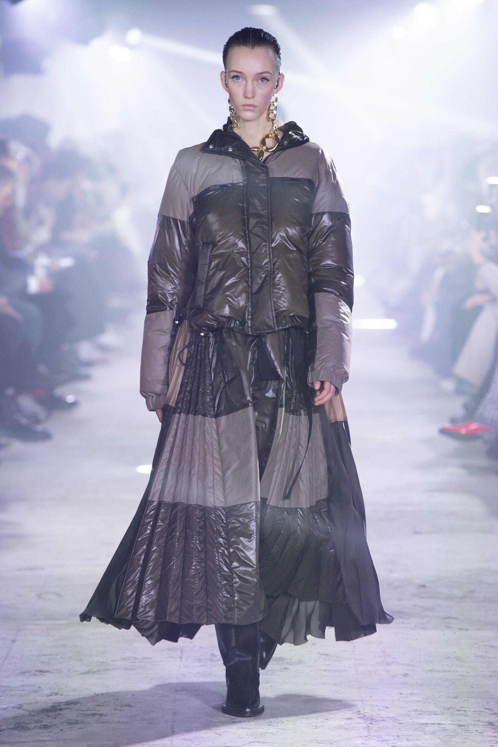 Fashion Model Sacai Catwalk