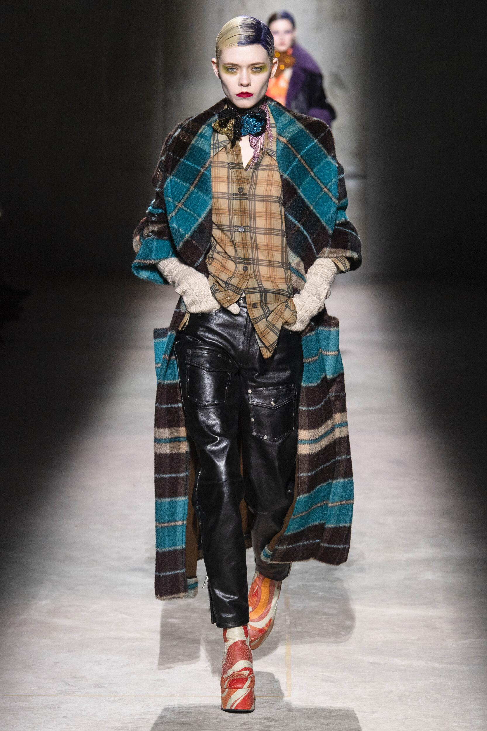 Fashion Show Woman Model Dries Van Noten Catwalk