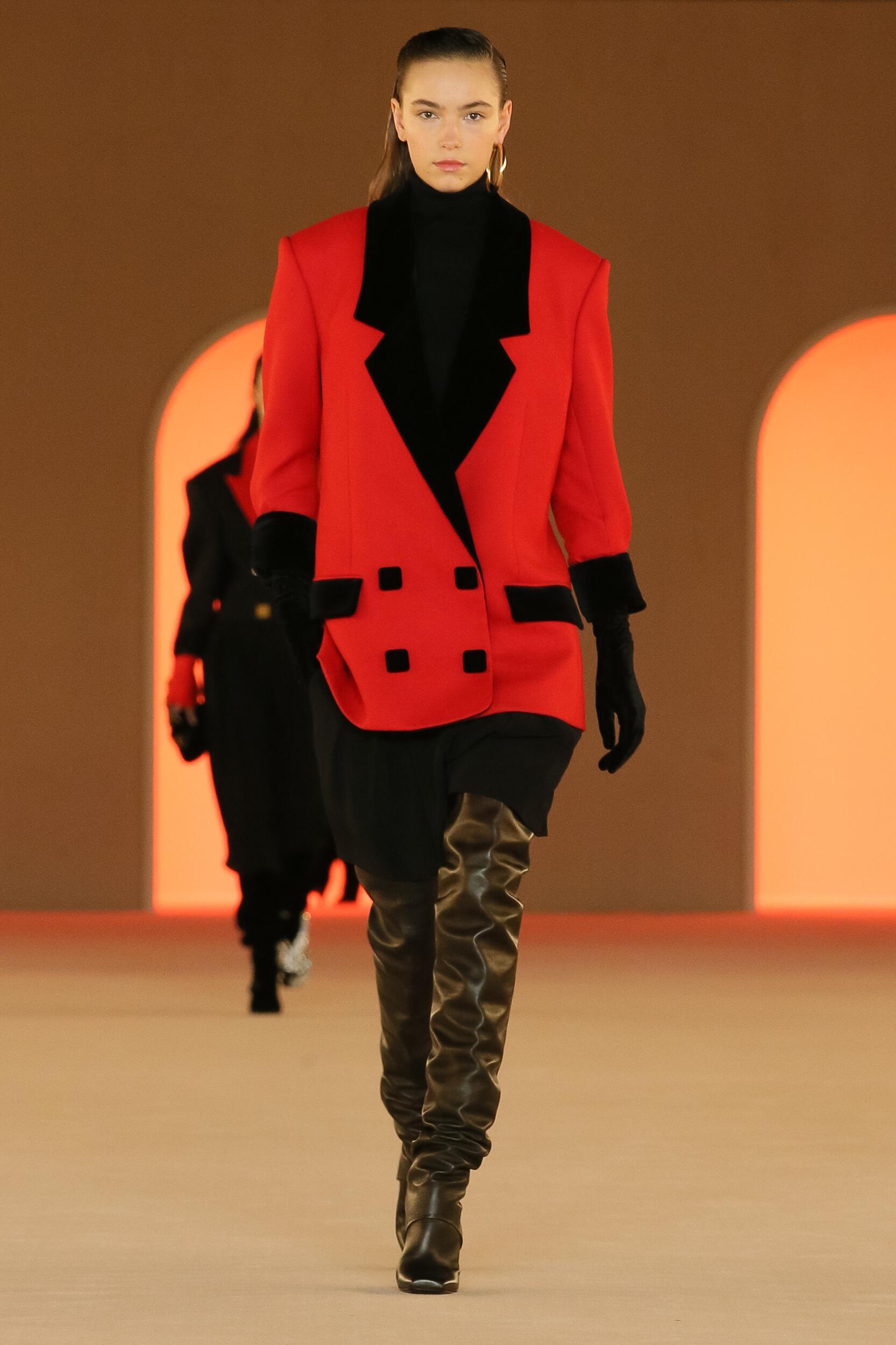 Fashion Trends 2020 Catwalk Balmain Winter Womens Collection