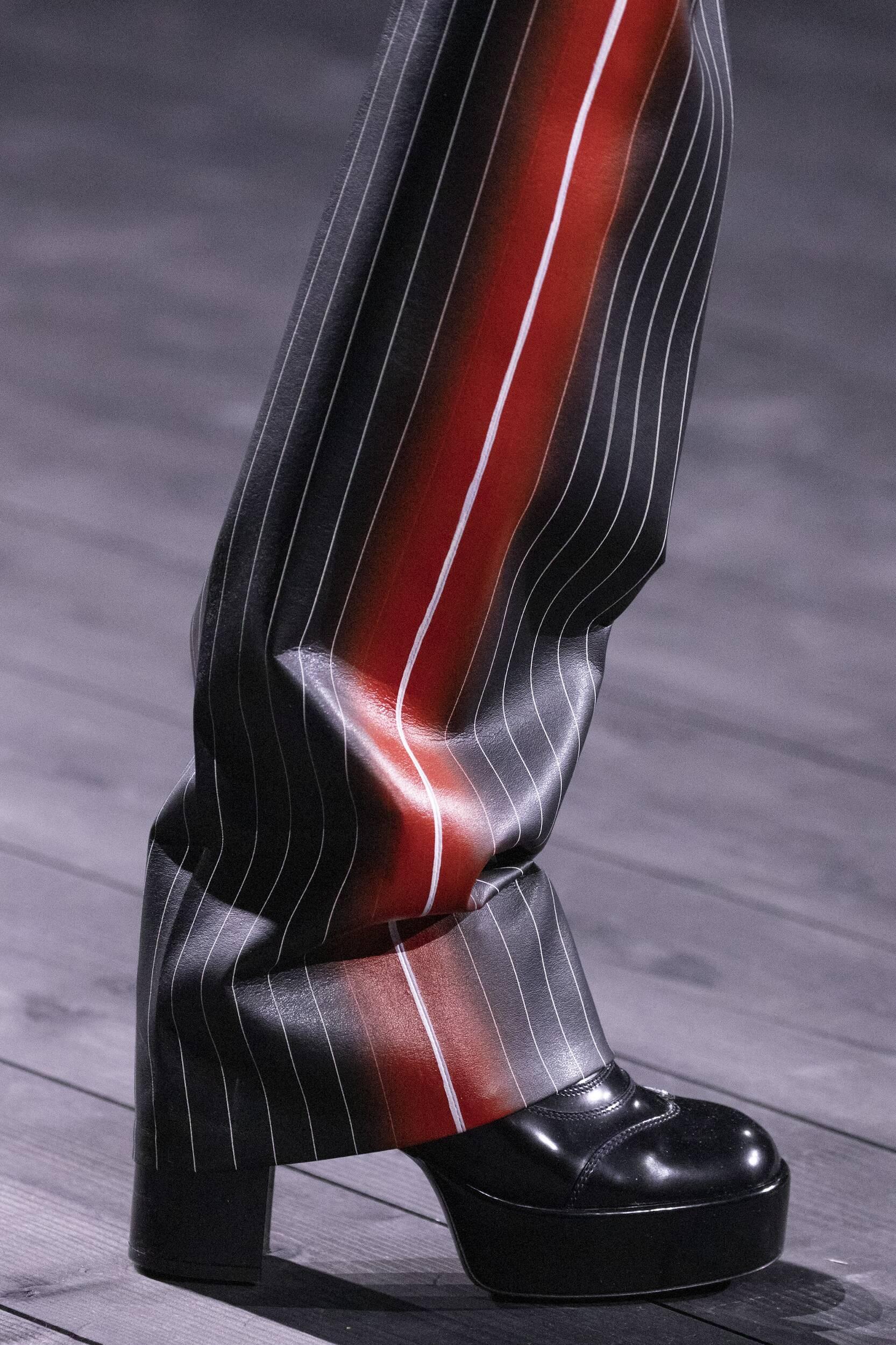 Louis Vuitton Detail Shoes 2020-21