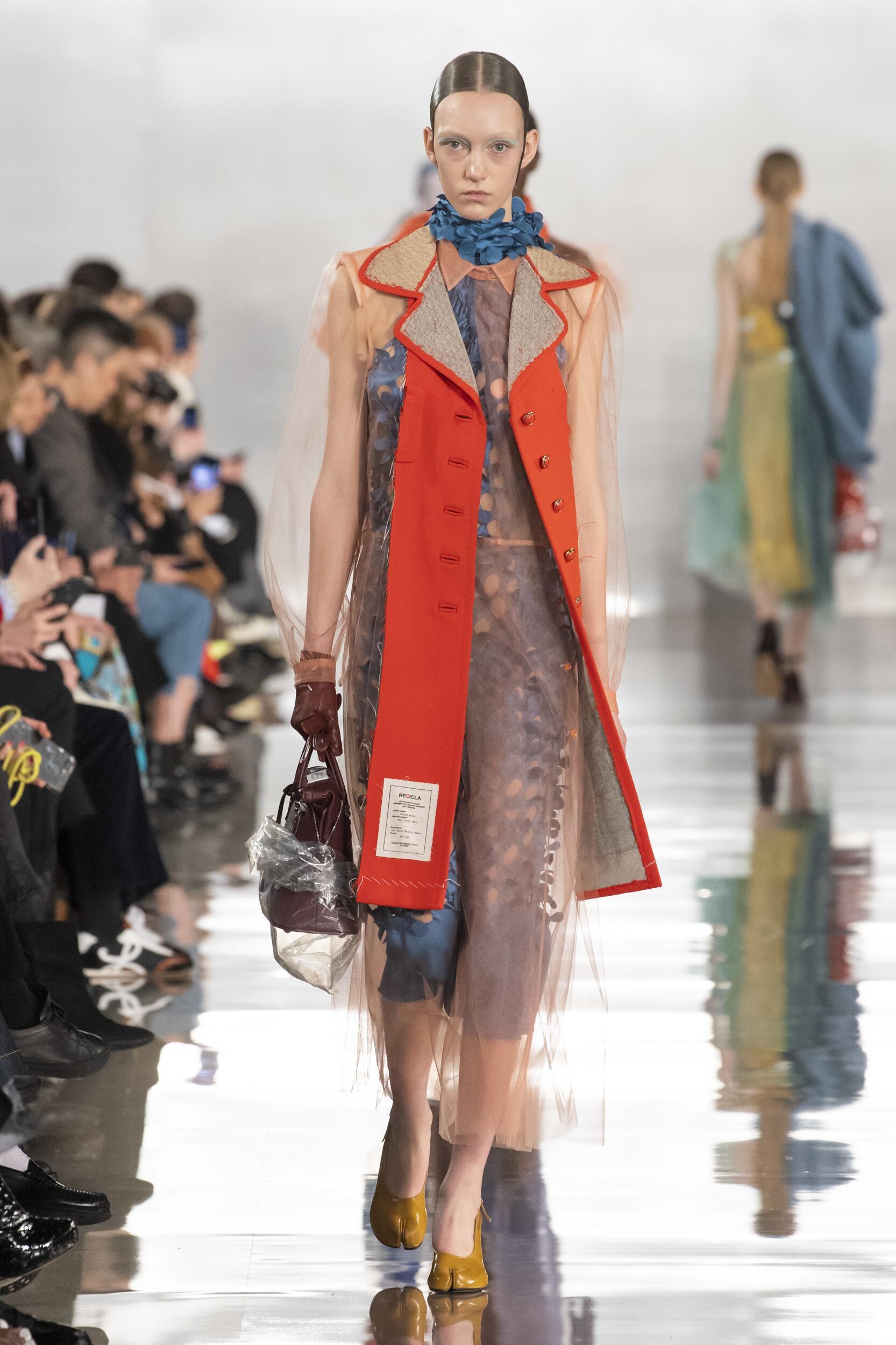 Model Fashion Show Maison Margiela