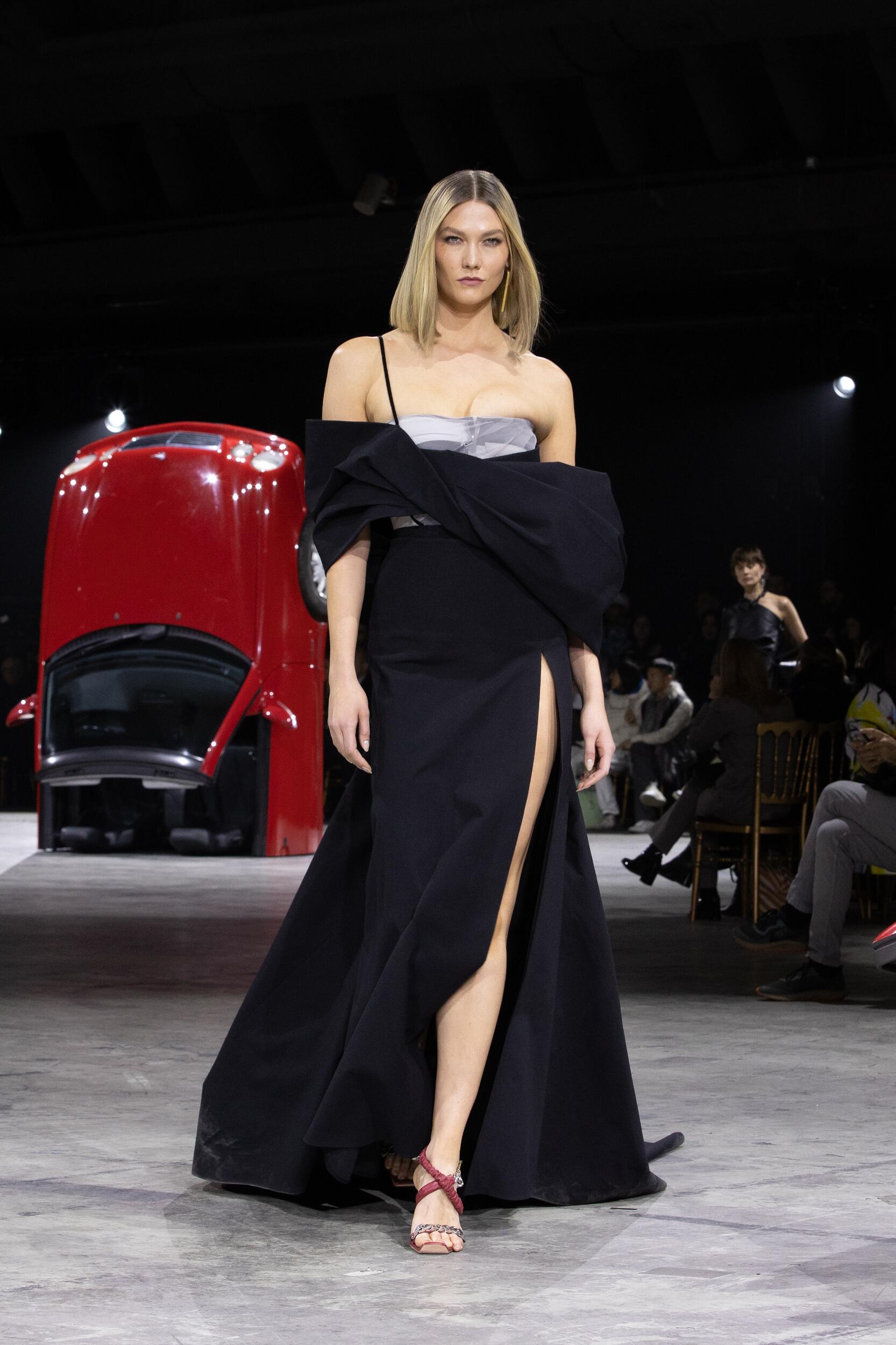 Off White c/o Virgil Abloh FW 2020 Womenswear