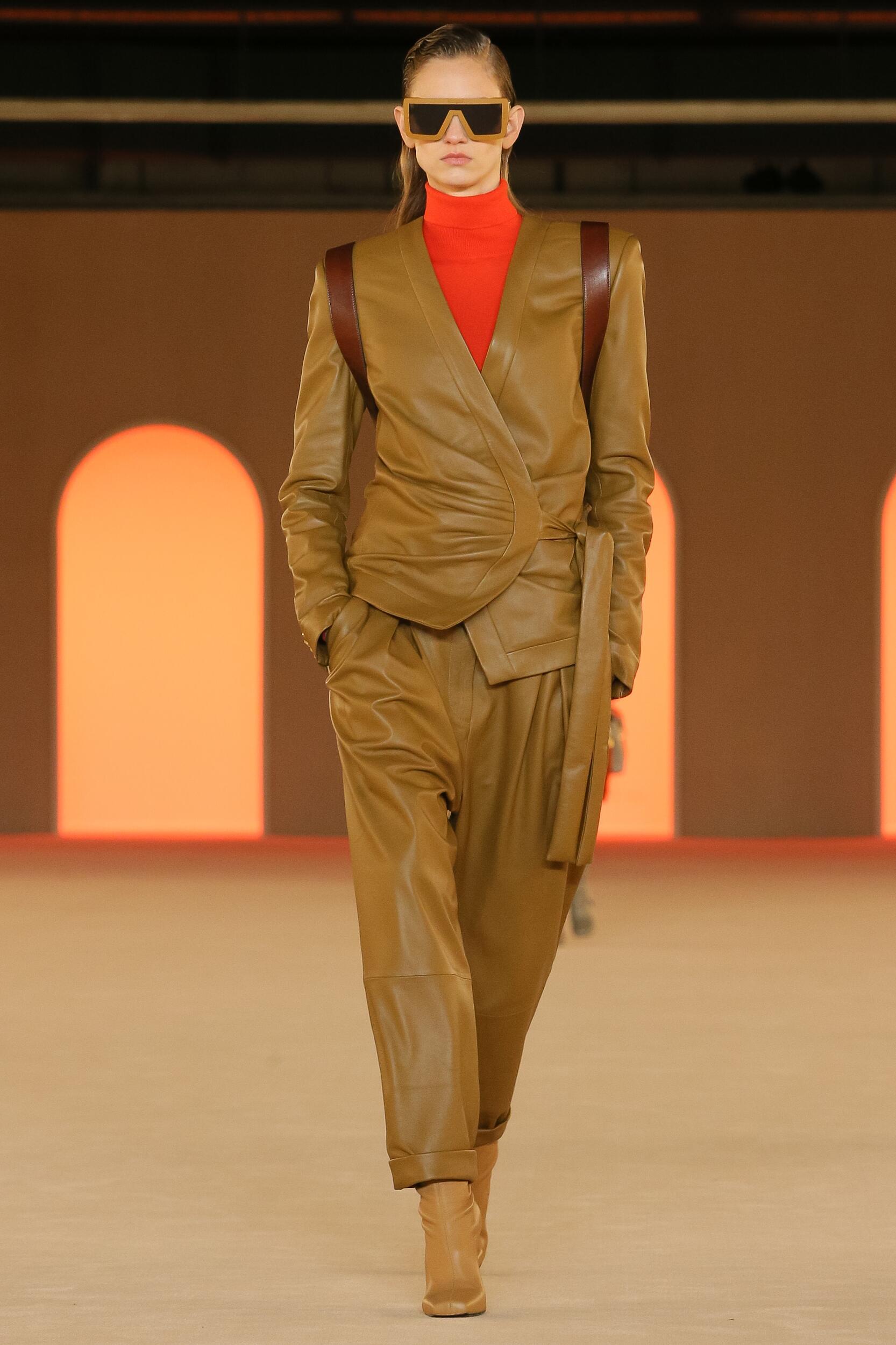 Runway Balmain Fall Winter 2020 Women's Collection Paris Fashion Week