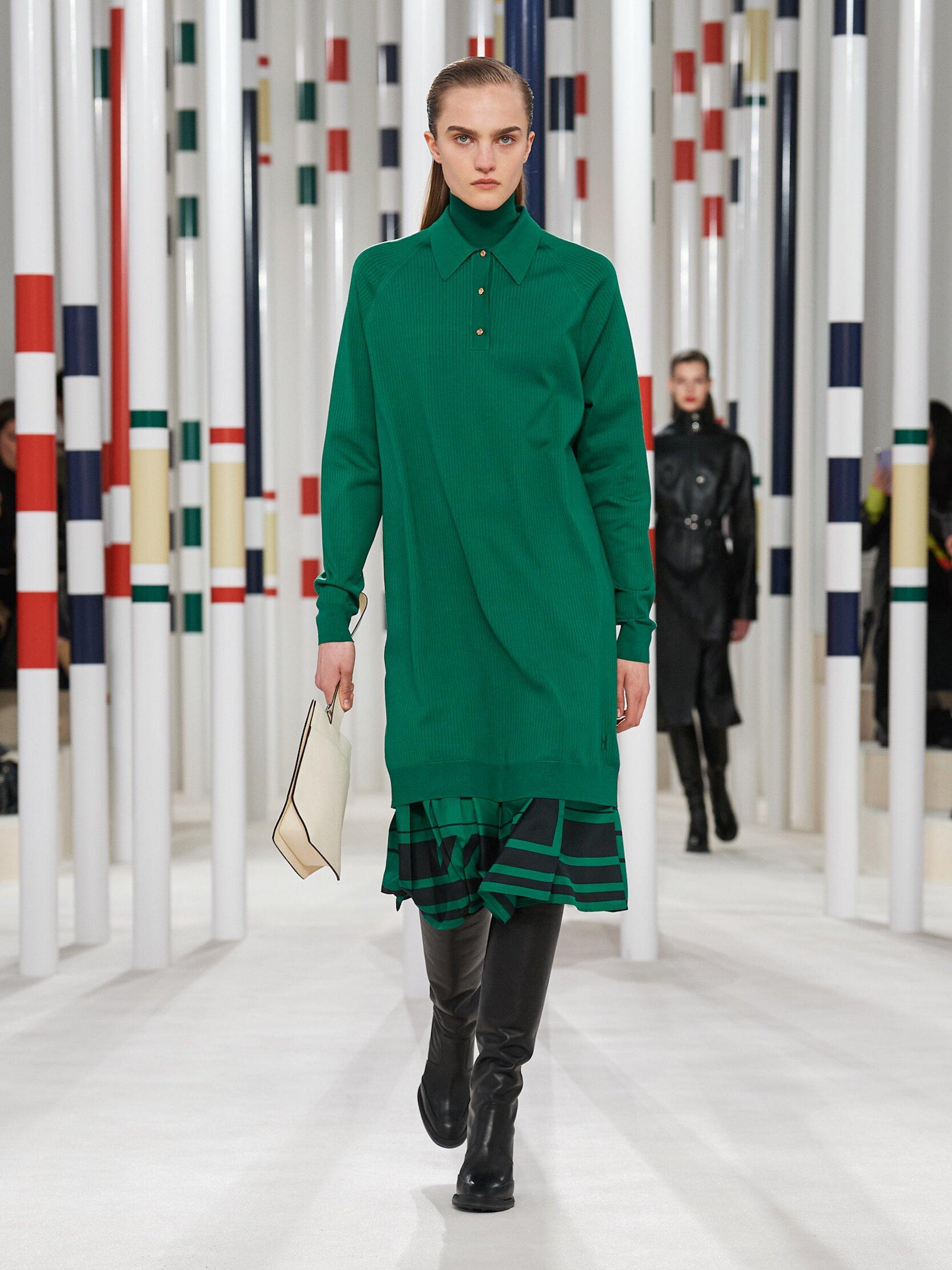Runway Hermès Fall Winter 2020 Women's Collection Paris Fashion Week