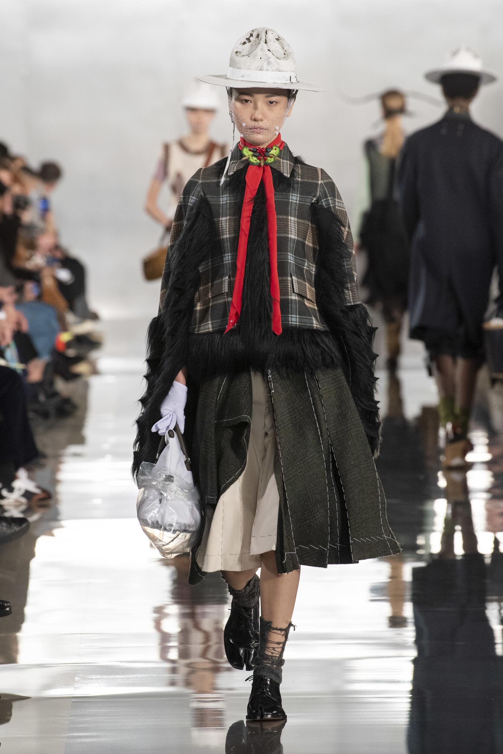 Runway Maison Margiela Fall Winter 2020 Women's Collection Paris Fashion Week