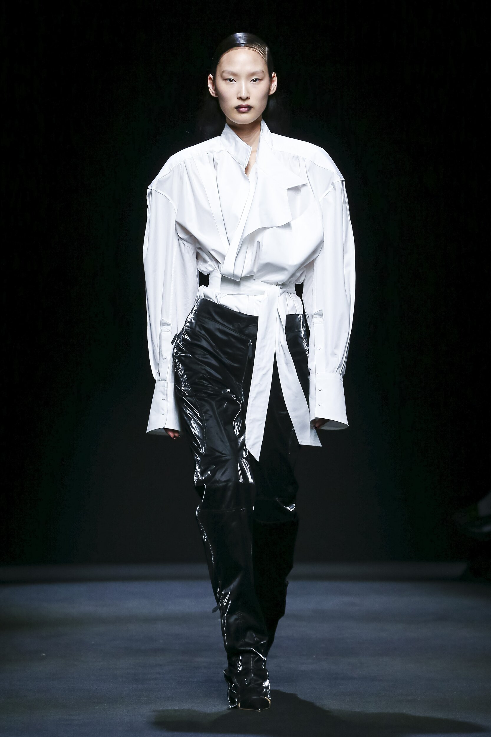 Runway Mugler Fall Winter 2020 Women's Collection Paris Fashion Week