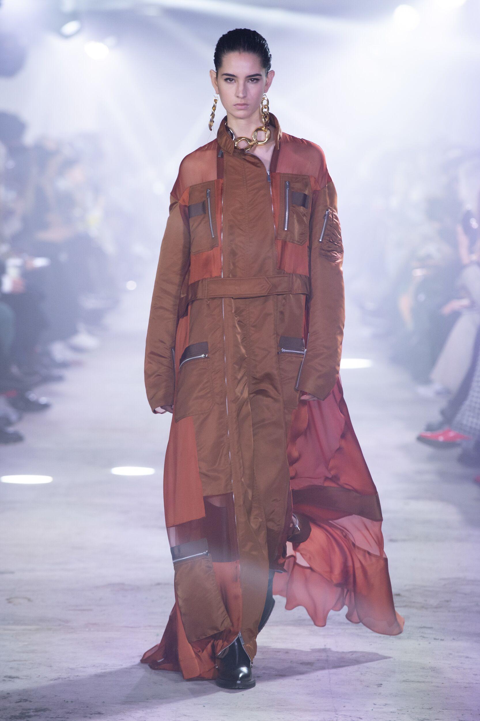 Runway Sacai Fall Winter 2020 Women's Collection Paris Fashion Week