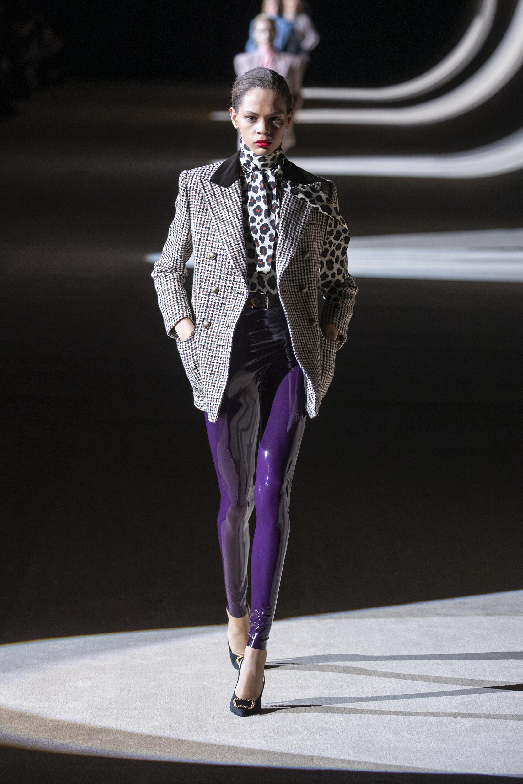 Runway Saint Laurent Fall Winter 2020 Women's Collection Paris Fashion Week