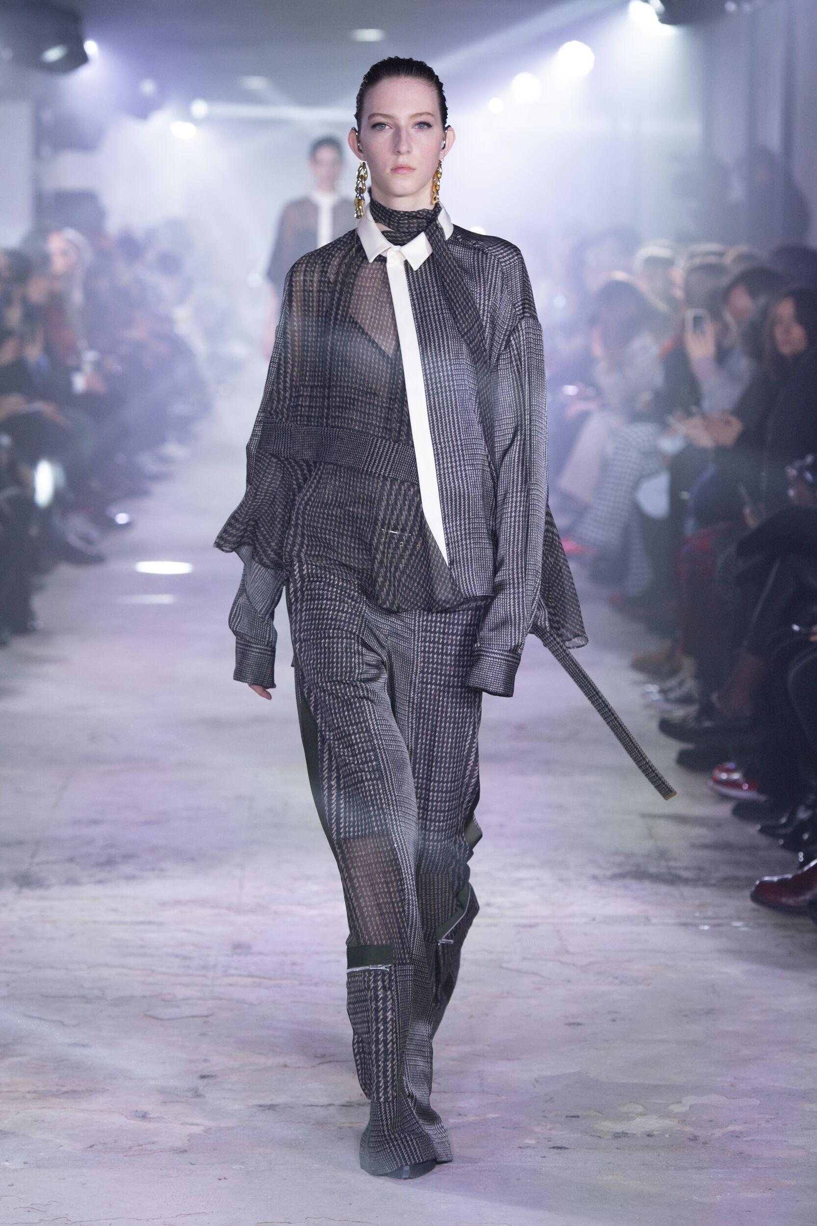 Sacai Paris Fashion Week Womenswear Trends