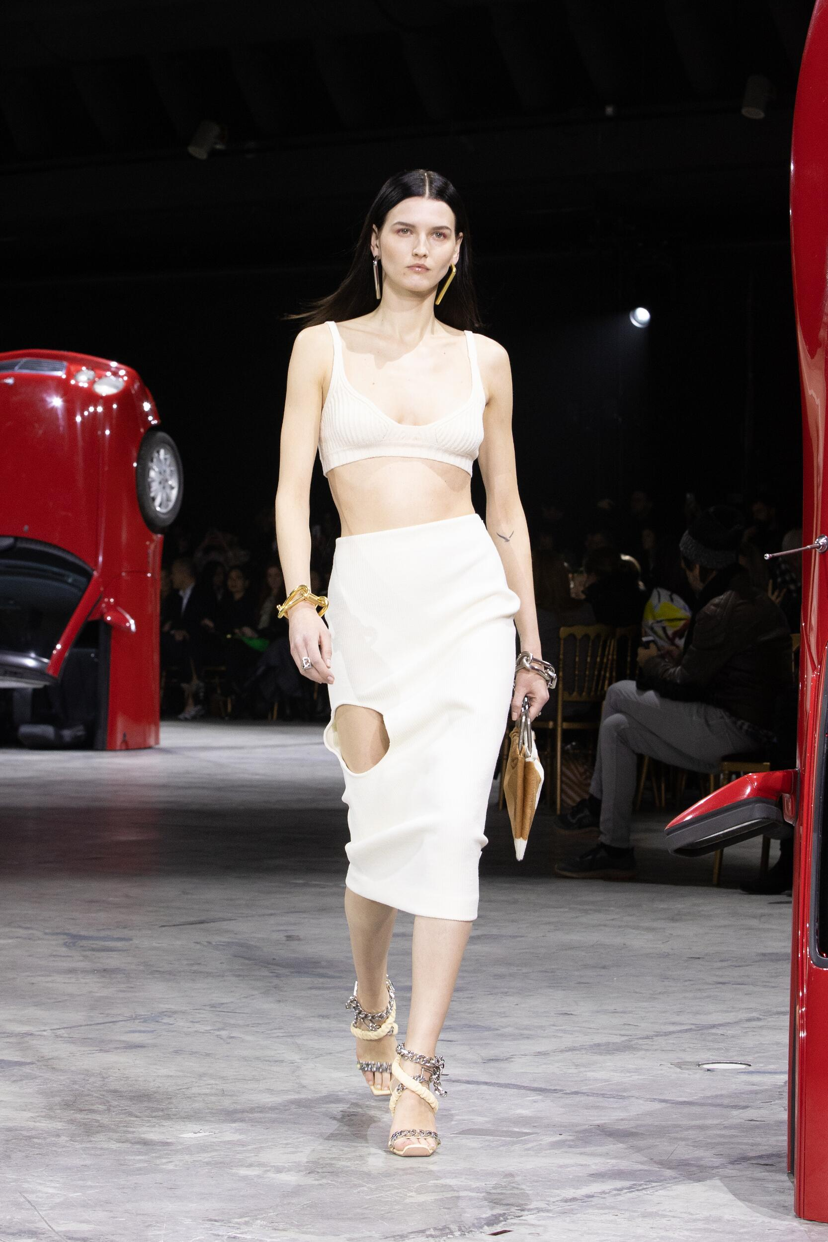 Winter 2020 Woman Trends Off White c/o Virgil Abloh