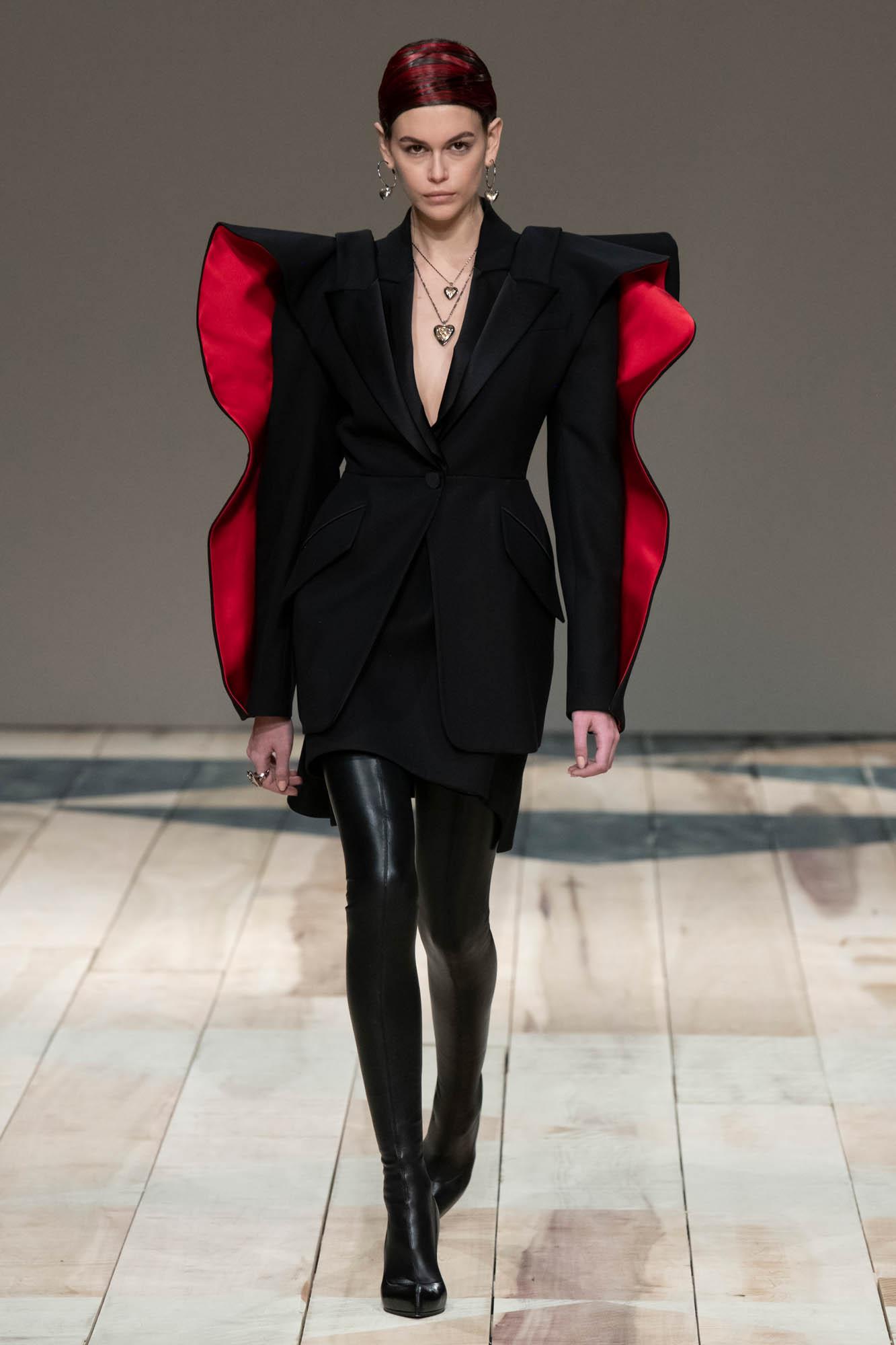 Womenswear FW Alexander McQueen 2020