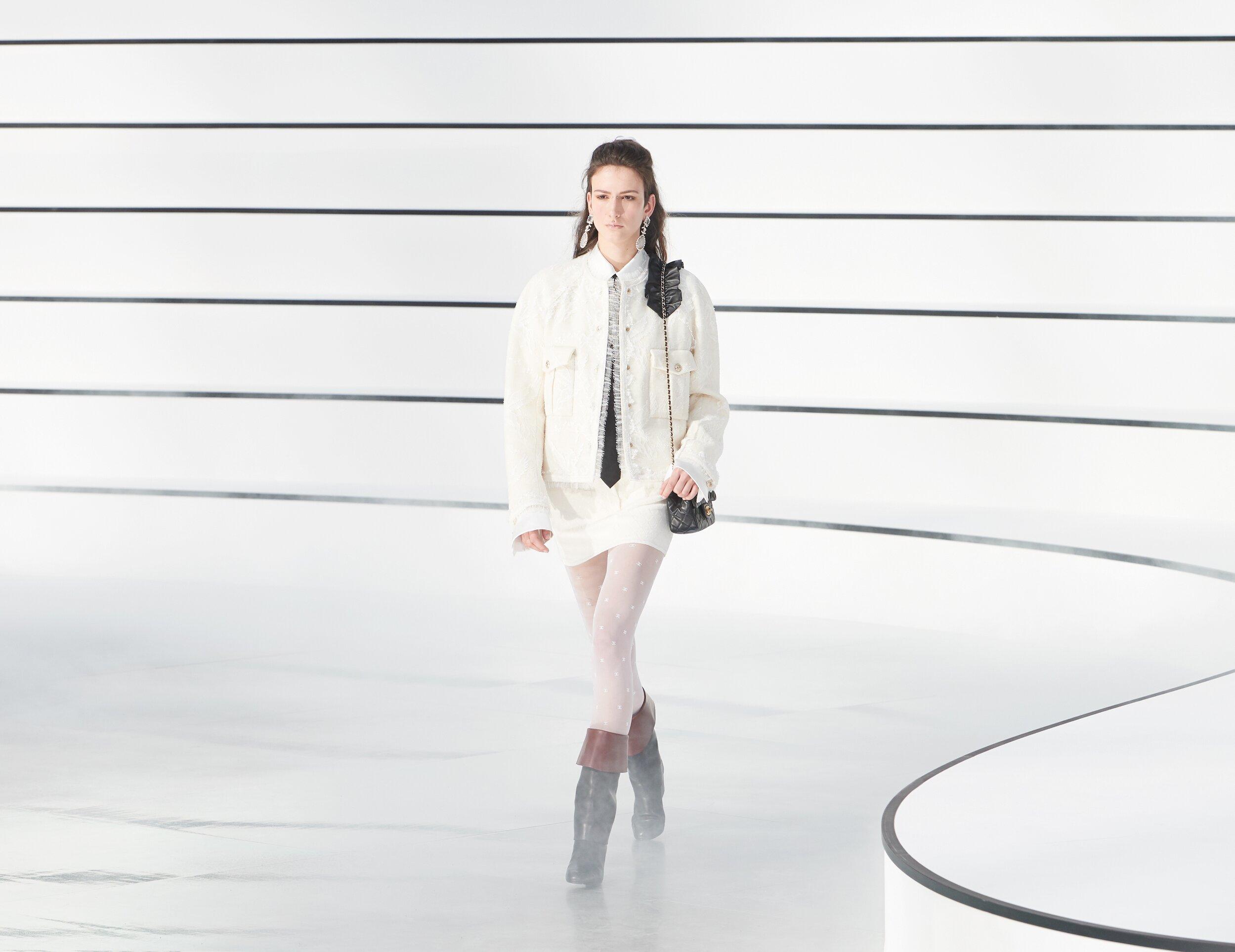 Womenswear Fall Winter Chanel 2020 Trends