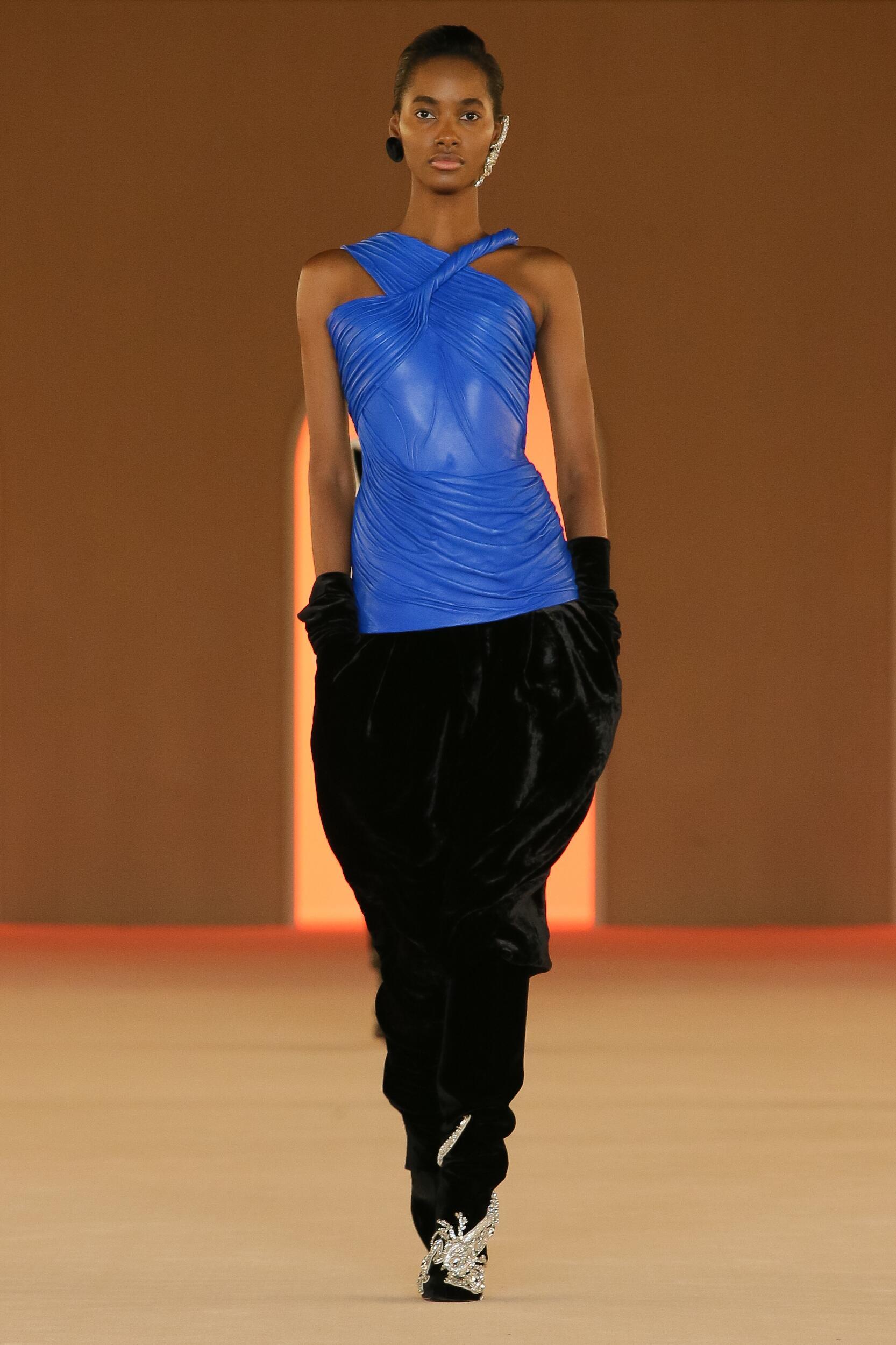 Womenswear Fashion 2020-21 Catwalk Balmain