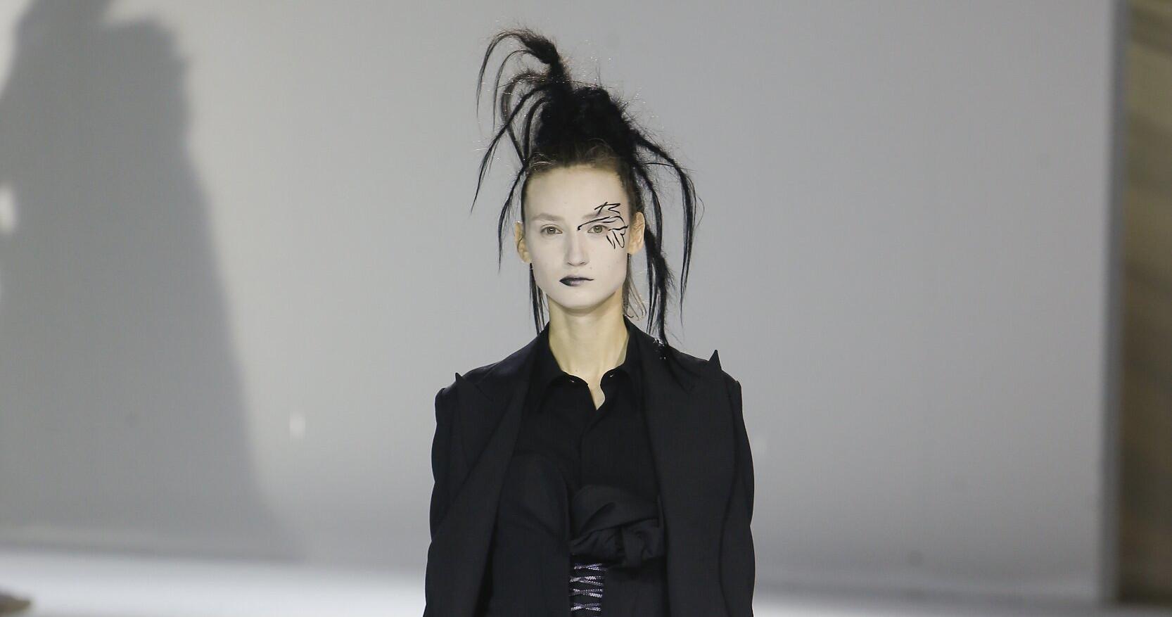 Yohji Yamamoto Fashion Show FW 2020 Paris