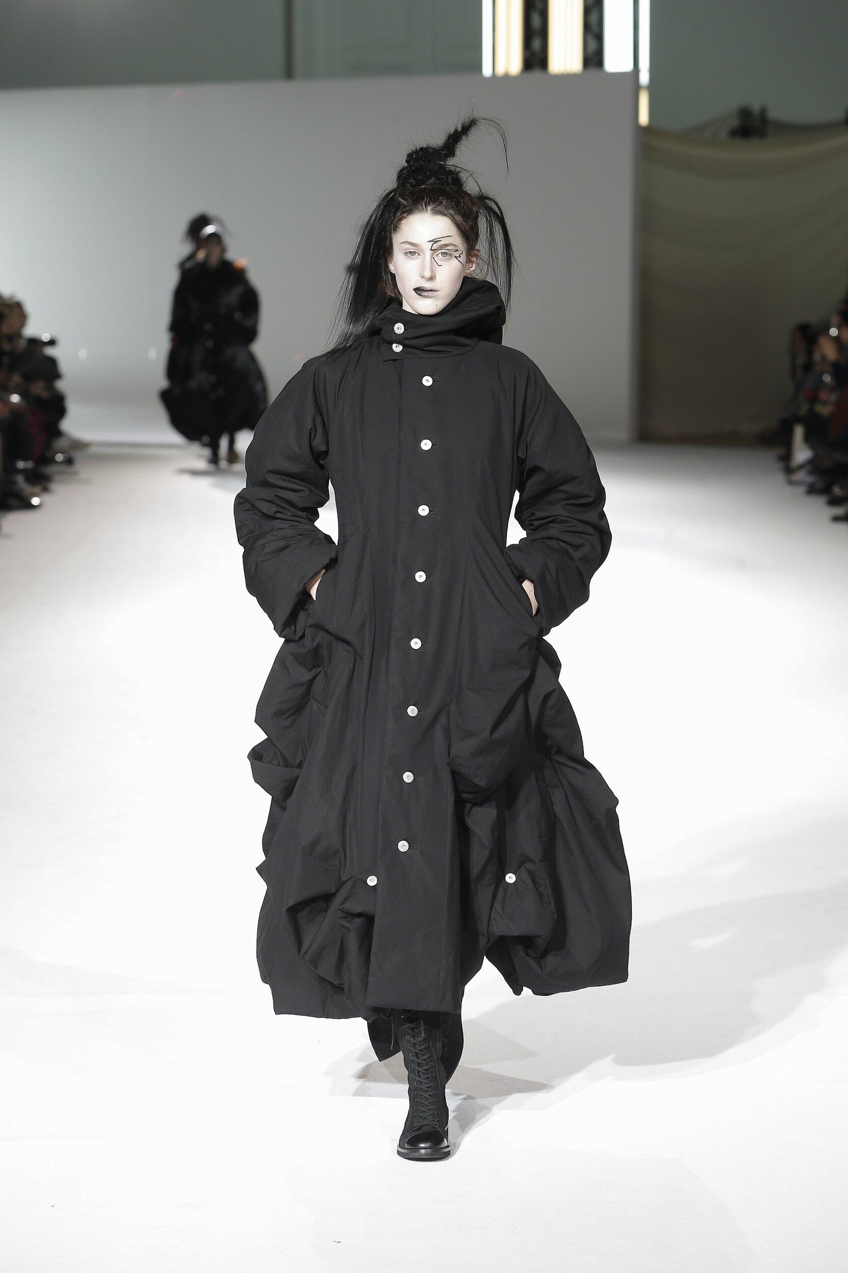 Yohji Yamamoto Paris Fashion Week