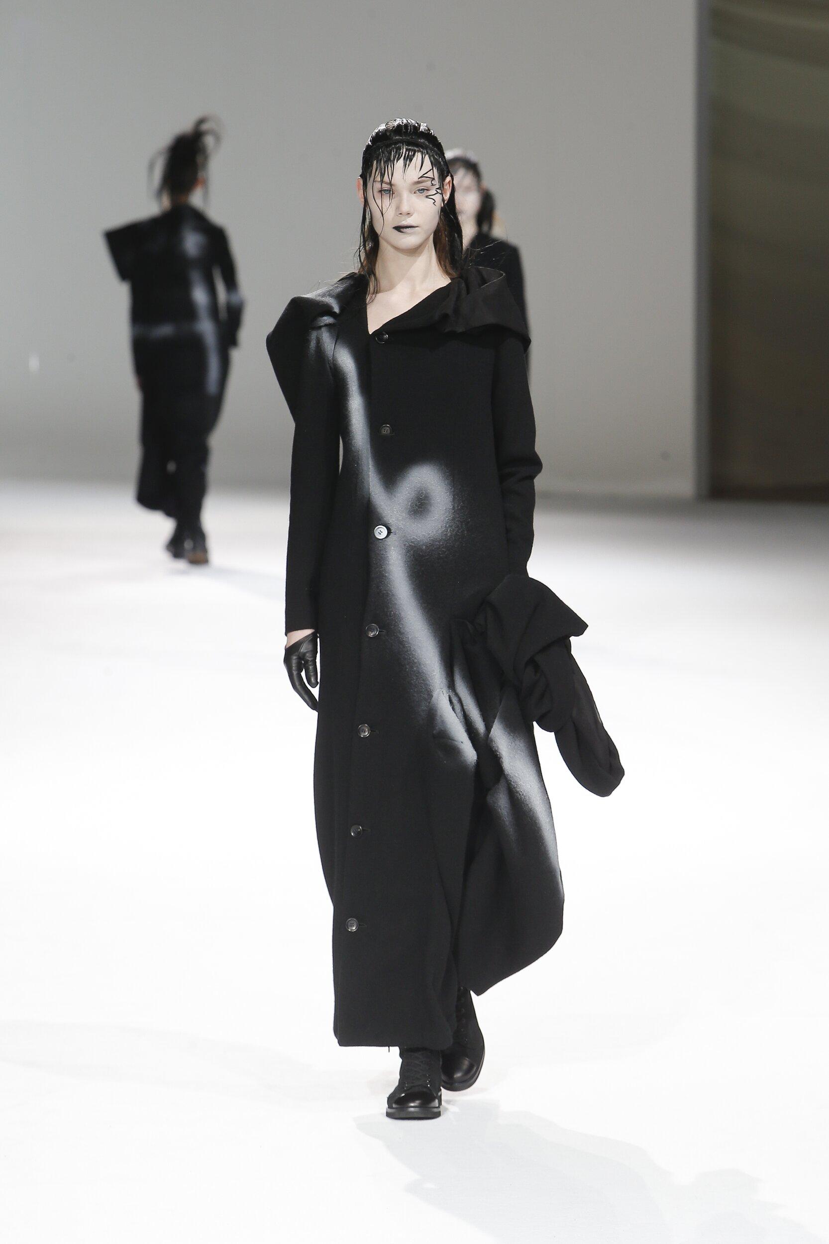 Yohji Yamamoto Woman 2020-21