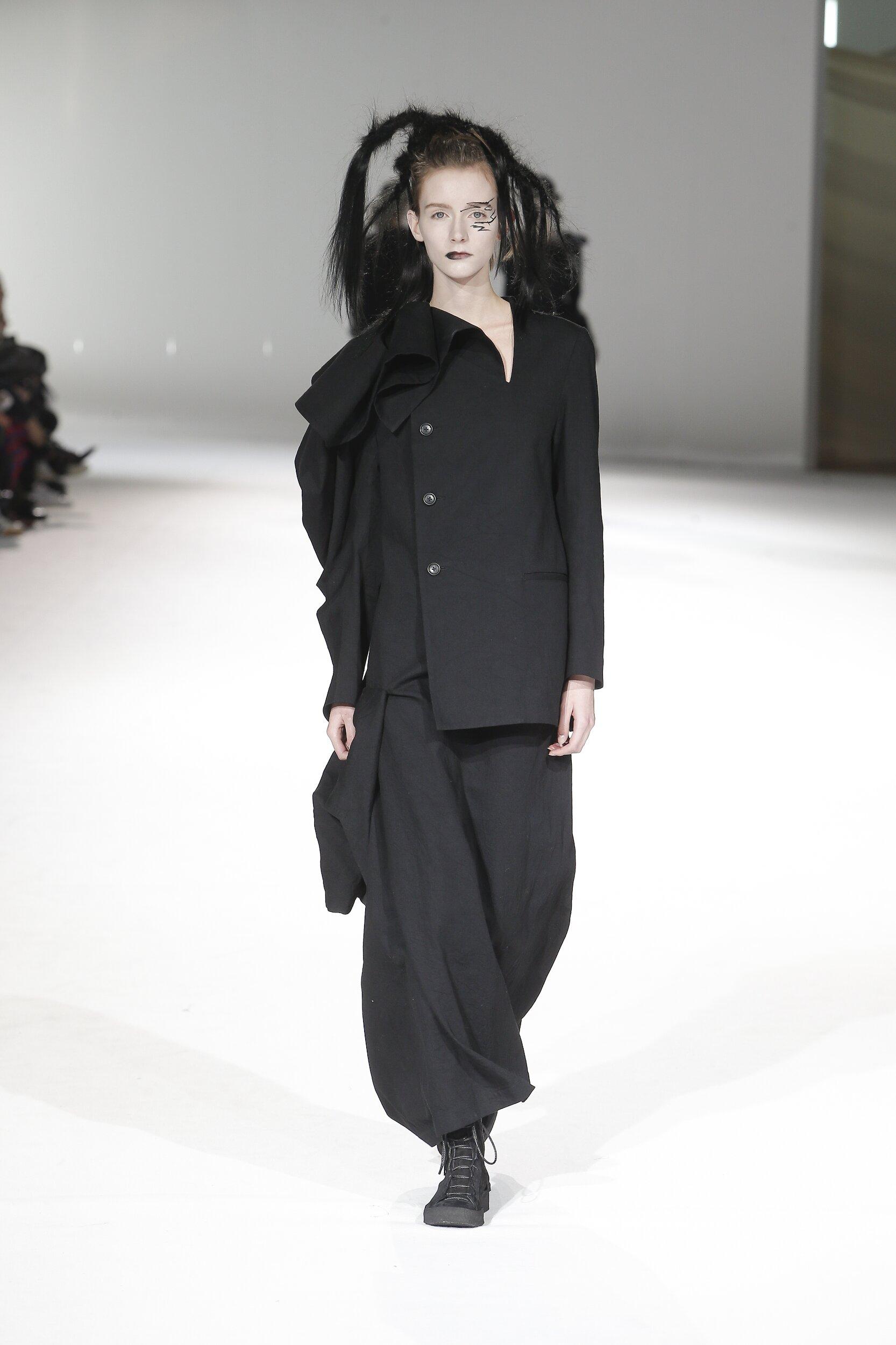 Yohji Yamamoto Women Style